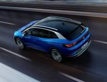 Ce mașini electrice și hibrid...