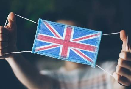 Experiții din sănătate solicită ca Anglia să intre în carantină totală