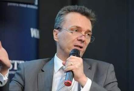 Economistul sef al BCR, Radu Craciun, noul presedinte al analistilor financiari de la AAFBR