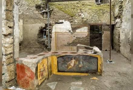 Noi descoperiri în Pompei. Ce au găsit arheologii sub cenușă