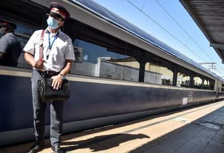 Trenuri CFR oprite între Cozia și Călimănești din cauza ploilor