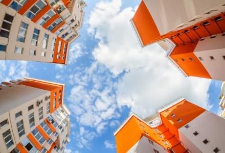 Ce vor face românii după ce Guvernul a amânat reducerea TVA pentru locuințe mai scumpe
