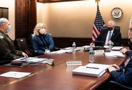 Donald Trump îl roagă pe Mike Pence să răstoarne rezultatul alegerilor