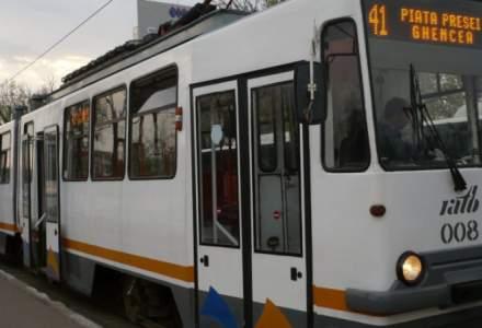 Circulația tramvaiului 41, blocată la stația Brașov