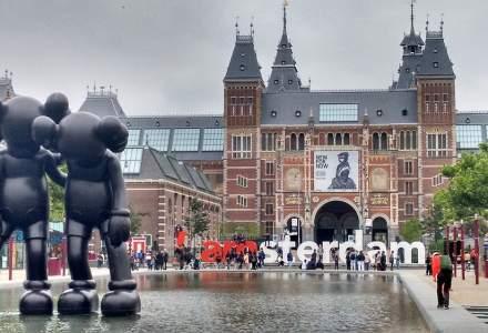 Amsterdam vrea să interzică accesul turiştilor în cafenelele unde se vinde canabis