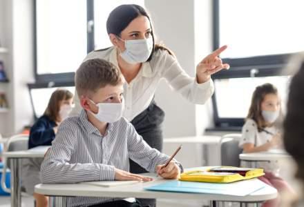 Sondaj: Peste 80% dintre profesori şi 70% dintre elevi cred că şcolile trebuie redeschise