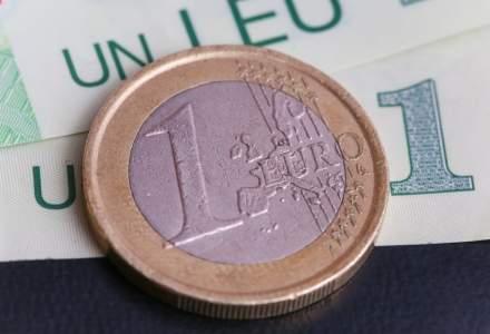Leul s-a apreciat faţă de euro