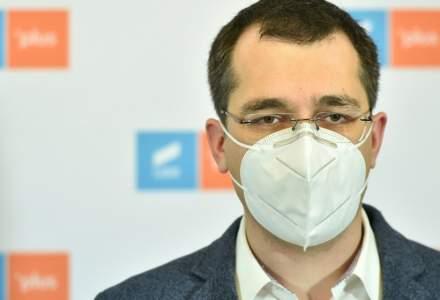 Voiculescu: Deși România va fi afectată de reducerea livrărilor de vaccin, campania merge mai departe