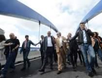 FOTO-VIDEO. Primul pod al...