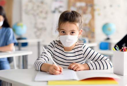OMS: Statisticile din 2020 arată că şcolile nu au fost un factor de supra-răspândire a COVID-19