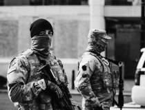 SUA: Alertă cu bombă la...