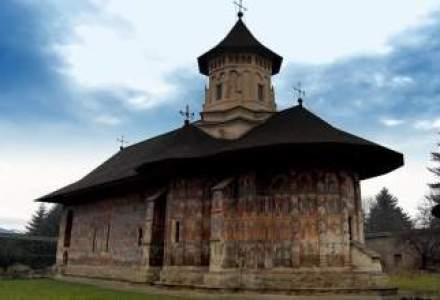 Parohii si manastiri din Suceava, pe lista institutiilor subventionate ilegal