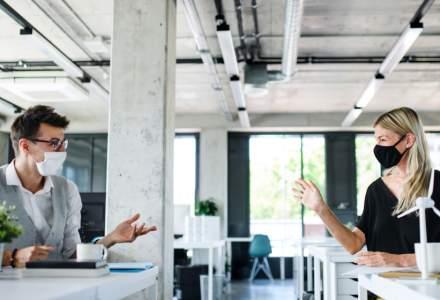 Sondaj: 36% dintre angajați cred că își vor relua activitatea la birou în 2021, împreună cu întreaga echipă