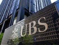 UBS a atras 2,5 mld. euro...