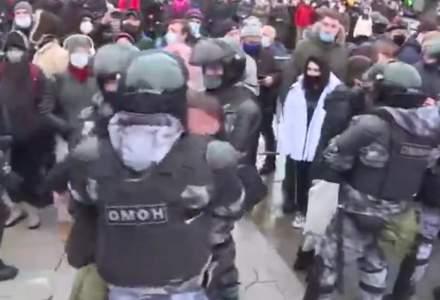 Proteste uriașe în Rusia. Soția lui Aleksei Navalnîi a fost arestată de poliție