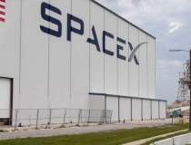 RECORD: SpaceX a trimis cei...