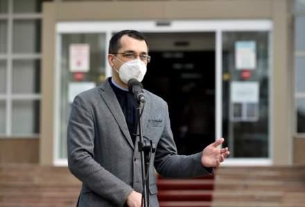 Vlad Voiculescu, ministrul Sănătății: România nu poate fi un sat fără câini