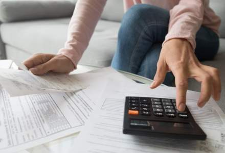 CCR s-ar putea pronunța pe sesizarea în cazul Legii privind protecția consumatorilor împotriva dobânzilor excesive