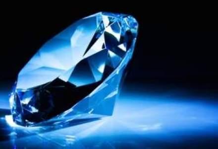 Un diamant albastru foarte rar ar putea dobori recordul pe piata de profil