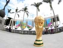 Trofeul Cupei Mondiale,...