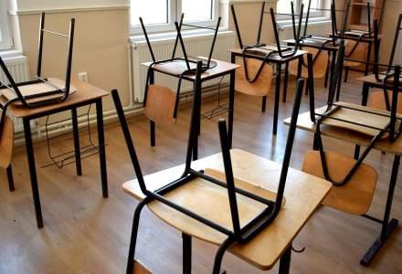 Şcolile din Cluj-Napoca şi din alte nouă localităţi vor funcţiona în scenariul roşu