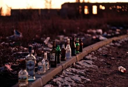 Un bărbat din Rusia a murit în timpul unui livestream, după ce a băut mai mult de un litru de vodka pentru bani