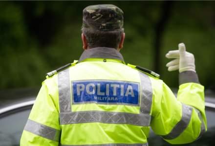 Un bărbat a fost arestat pentru distribuirea unor broșuri cu informații false despre vaccinul anti-COVID
