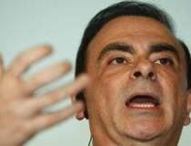 Carlos Ghosn vede nori negri...