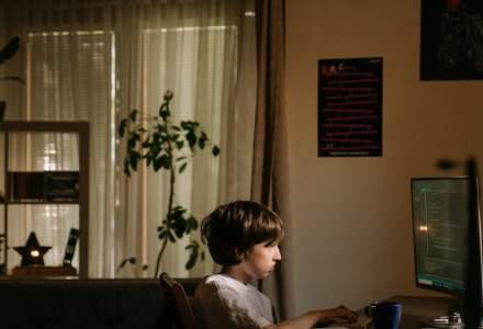 O lume fără frică și în mediul online. Cum ne protejăm copiii de pericolele de pe Internet