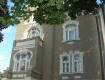 Calatorie Art Nouveau in vila...