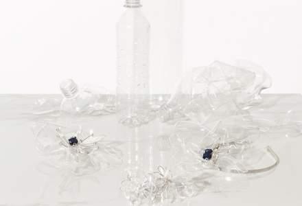 Designerul care transformă PET-urile în bijuterii. Cum arată accesoriile din sticle reciclate