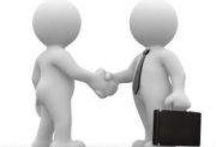 Kiwi Finance a incheiat un parteneriat cu Safety Broker