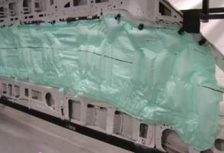 Ford si TRW au dezvoltat primul airbag pentru 15 persoane