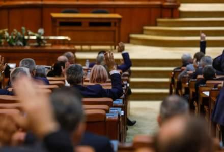 Parlamentul a aprobat eliminarea pensiilor speciale