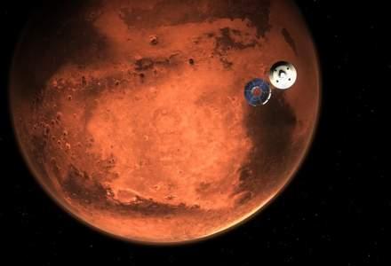 Cum arată primele fotografii făcute de roverul care a aterizat pe Marte