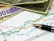 Euro si dolarul s-au apreciat...