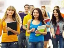 5.000 de studenti, ajutati de...