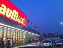 Baumax vinde magazinele din...