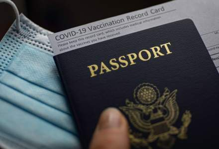 Certificatul digital de vaccinare, soluția pe care mizează UE pentru redeschiderea turismului
