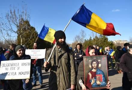 Proteste în București împotriva vaccinării obligatorii