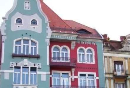 Casa Bruck, una dintre cele mai frumoase cladiri din Timisoara, salvata de un italian care si-a convins vecinii sa o renoveze