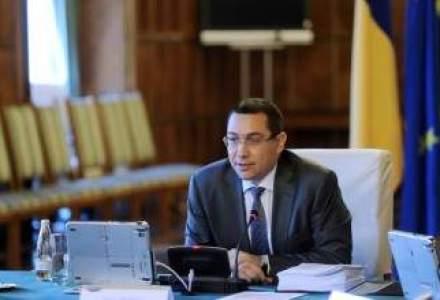 """Ponta, despre absolventii de scoli militare: Toti sunt angajati """"din prima zi""""; nu mai sunt probleme cu salarizarea"""