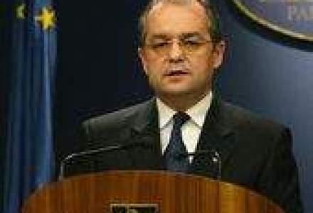 Boc: Legile privind salarizarea si sistemul de pensii trebuie adoptate fara amanare