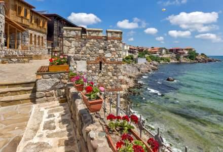 Bulgarii oferă nopți gratuite de cazare pentru turiștii care plătesc testul PCR