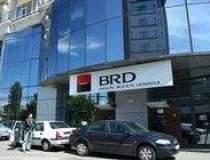 BRD Finance taie aproape...