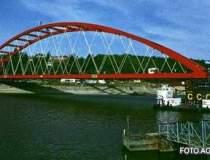CFR modernizeaza podurilor de...