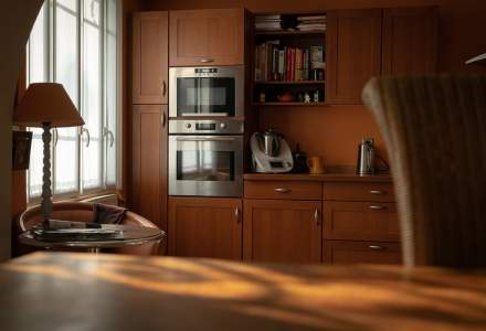 4 întrebări pe care să vi le puneți înainte de a cumpăra un cuptor încorporat