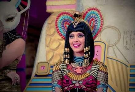 """Videoclipul """"Dark Horse"""", al cantaretei Katy Perry, cel mai vizionat in acest an pe YouTube"""