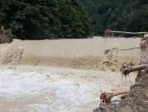 Cod ROSU de inundatii pe...