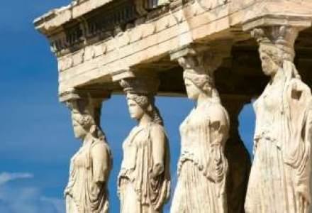 Moody's a imbunatatit ratingul Greciei. Guvernul elen spera sa se imprumute din nou